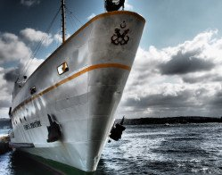 ferry-527728_1920